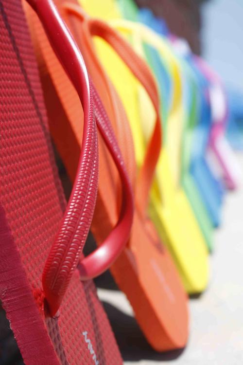 Flip flop rainbow